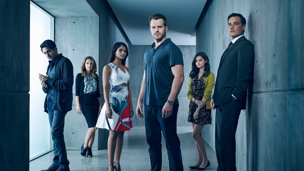 """SECOND CHANCE – Pictured (L-R): Adhir Kalyan as Otto Goodwin, Vanessa Lengies as Alexa, Dilshad Vadsaria as Mary Goodwin, Rob Kazinsky as Ray Pritchard, Ciara Bravo as Gracie Pritchard, and Tim DeKay as Duval Pritchard – Photo Credit: © 2015 Justin Stephens/Fox Broadcasting Co. """"Second Chance"""" premieres Wednesday, January 13, 2016 (9:00-10:00 PM ET/PT) on FOX."""