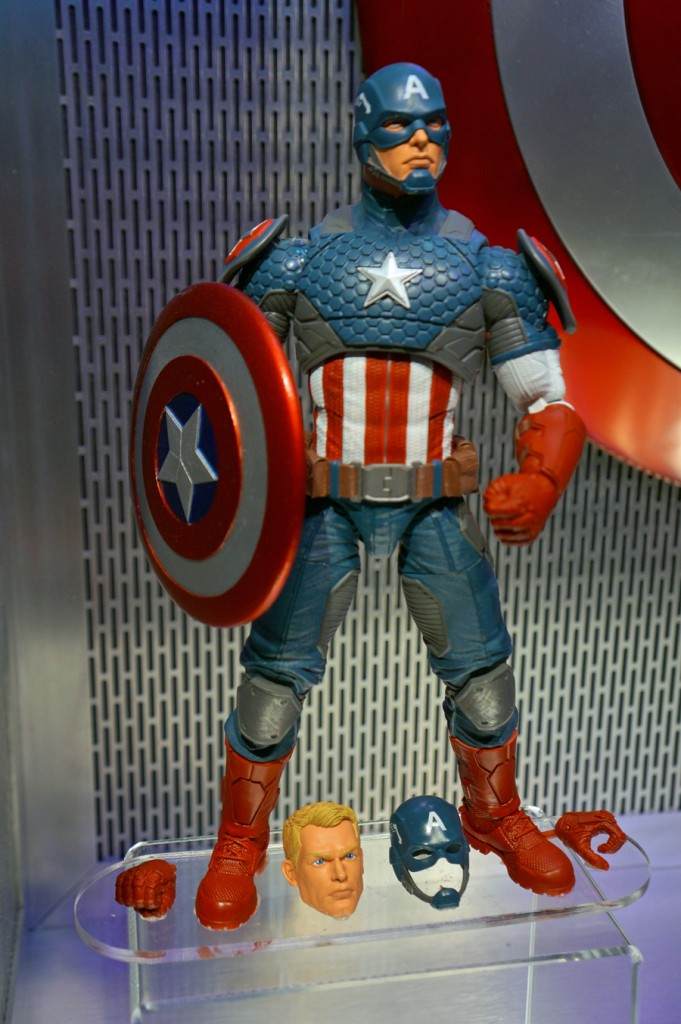 MARVEL LEGENDS 12 INCH LINE Captain America