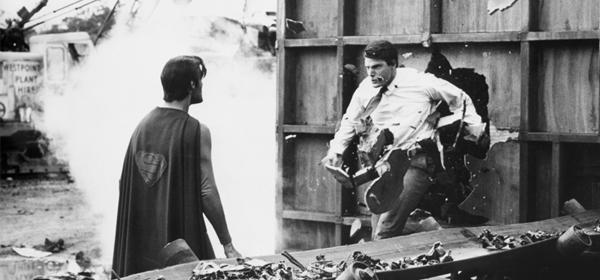 Clark Kent vs Superman