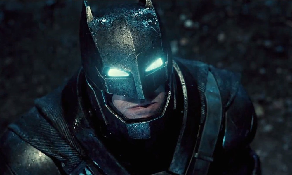 Batman-V-Superman-Armored-Batsuit-Costume-Comic-Con