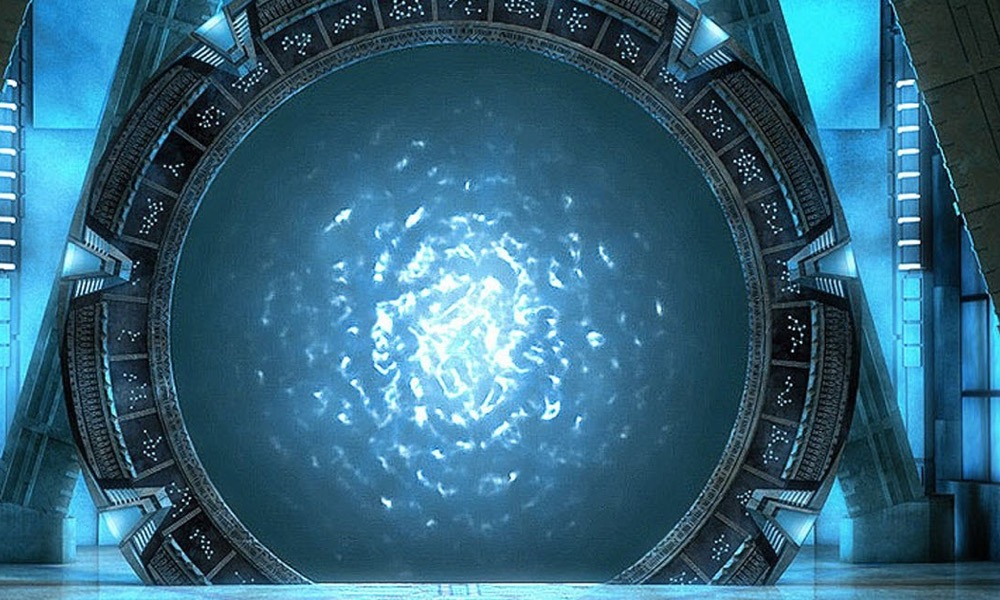 SCI-FI NERD: Thursday Things To Come - Stargate: The Premise That Wouldn't Die. Will The Reboot Be A Good Thing?
